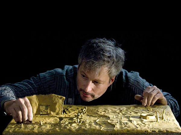 Momix, Aus dem Lehm gegriffen Theater Thalias Kompagnons