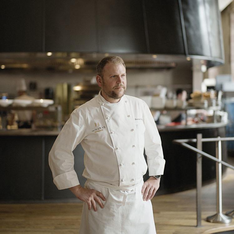Hors-série Ks Groupe - François Baur, chef de cuisine de la brasserie les Haras. Photo : Henri Vogt