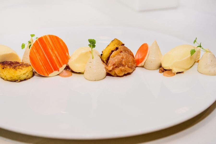 Petites gourmandises sucrées. La Source des Sens, Morsbronn-les-Bains © Milan Szypura