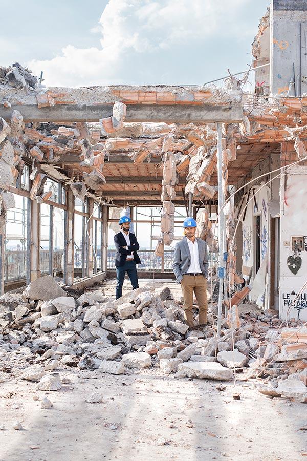 Les deux gérants de l'entreprise KS groupe : Edouard et Jérôme Sauer à Bischheim. Photo : Hugues François