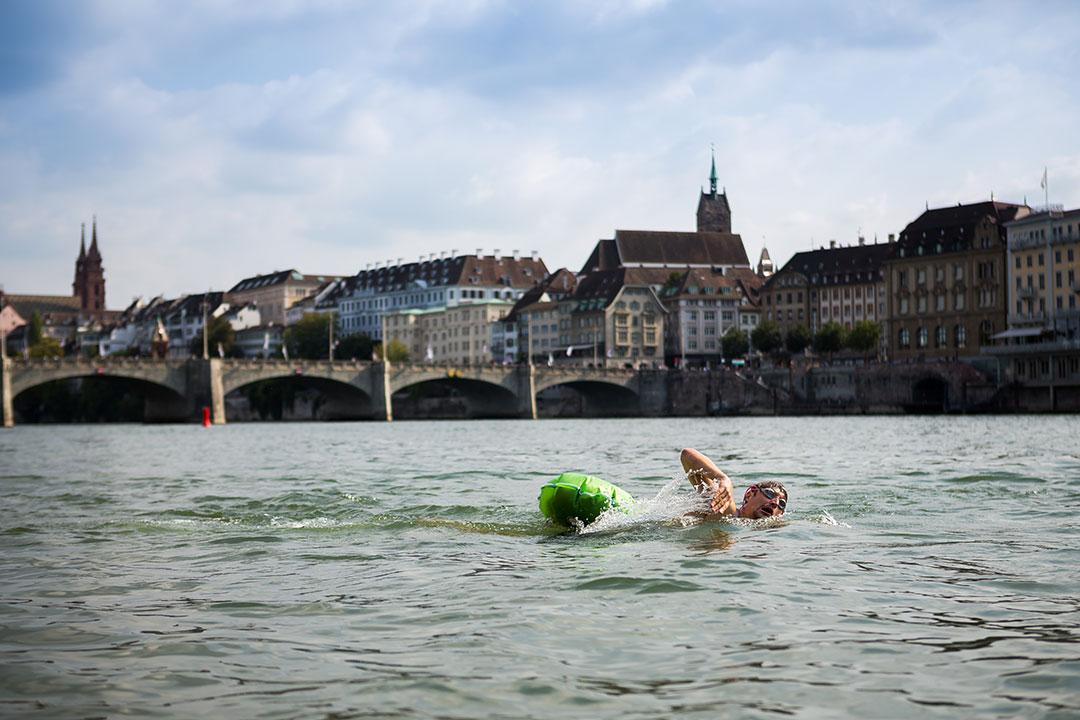 Nager dans le rhin ©Greg Matter