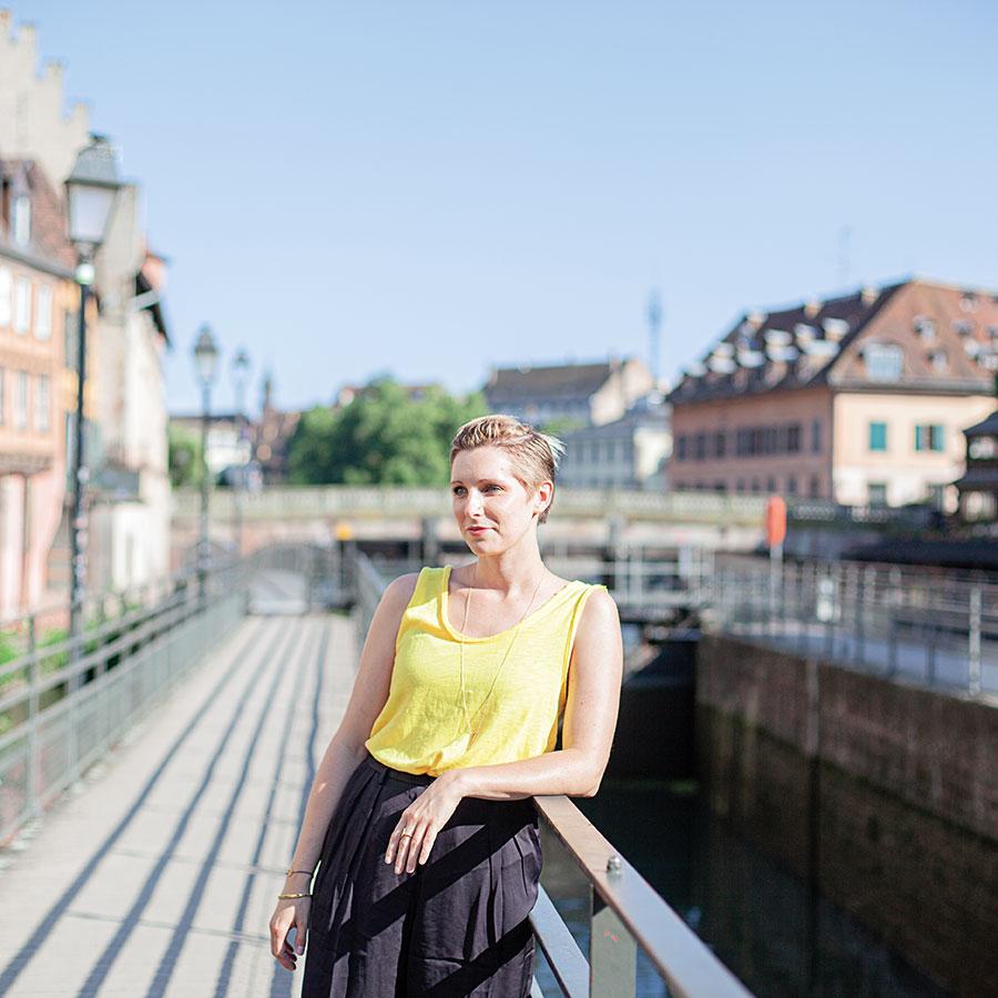 ZUT-MAGAZINE—Sabine-Gavin-Plagne-Roppenheim-Styles-Outlets-©Hugues-Francois