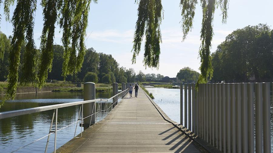 Ponton au parc du Heyritz à Strasbourg © Simon Pagès