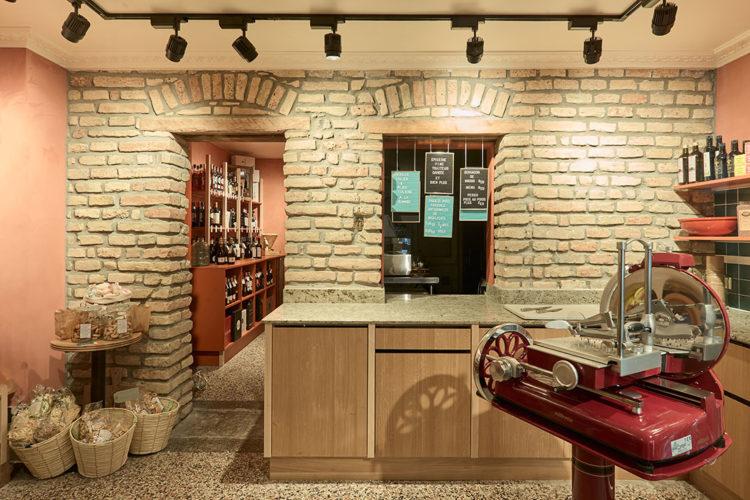 ZUT-Magazine — L'épicerie Fratelli Marmi à Strasbourg ©Henri Vogt