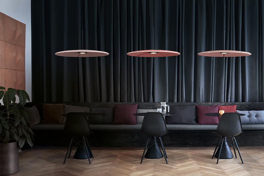 ZUT-Magazine—Lampe_Lily_design_Hallgeir_Homstvedt_Runa_Klock_Abstracta-home