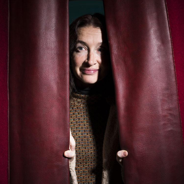 Anne Brochet, actrice et romancière, portrait à Strasbourg, par Pascal Bastien.