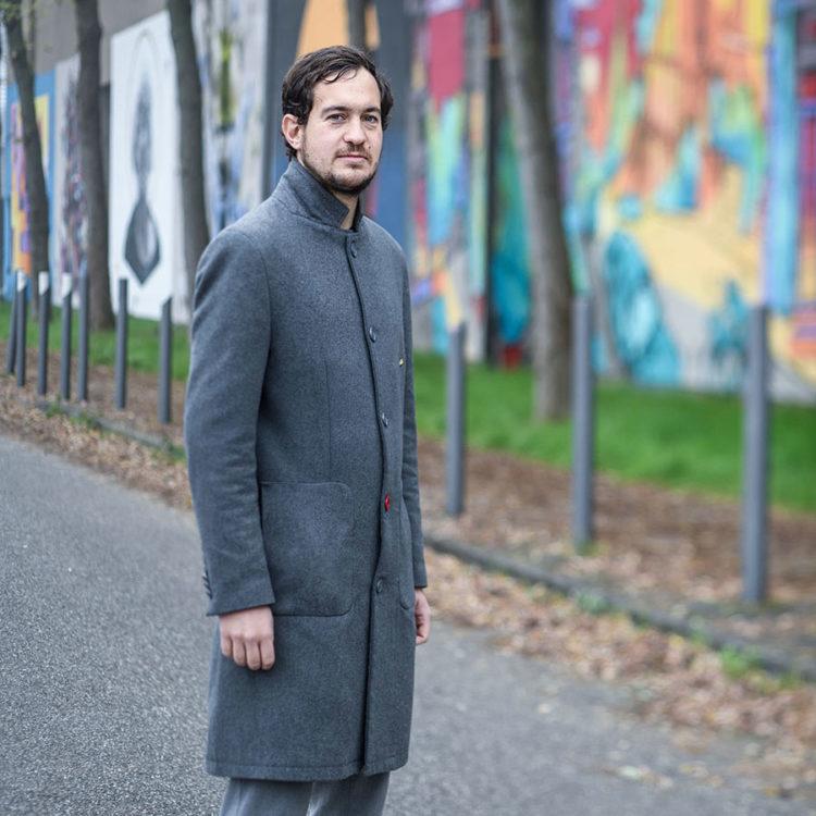 Acteur associatif à Colmar, Guillaume Lenys nous parle de son lieu préféré dans la ville : le Grillenbreit. Photo : Dorian Rollin