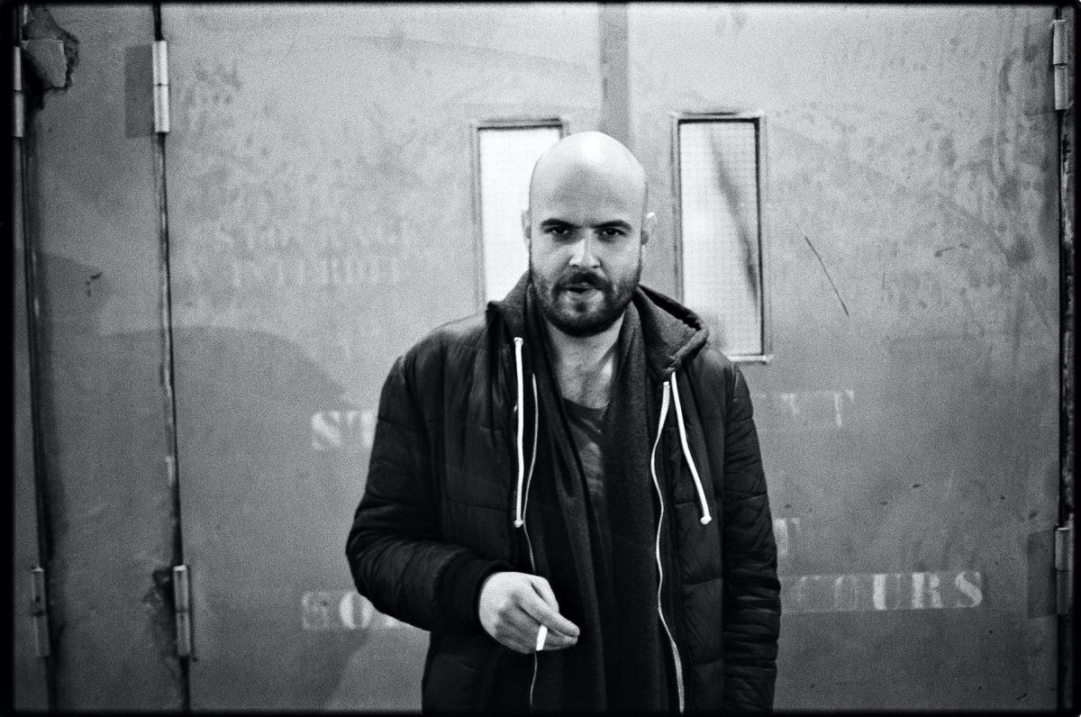 Julien Gosselin metteur en scène © Jean-Louis Fernandez