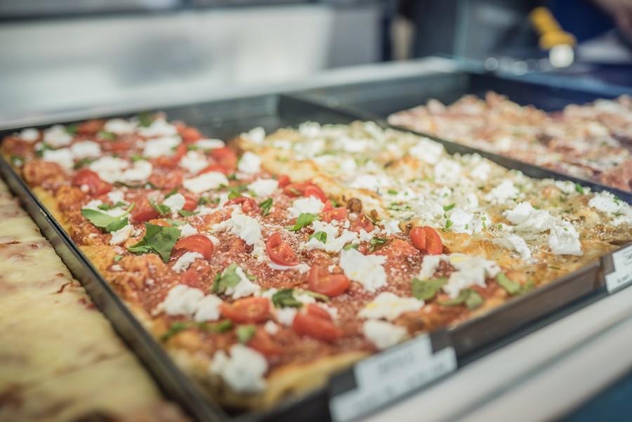 Il Francese Strasbourg pizza à part al taglio à emporter bonnes pizzas
